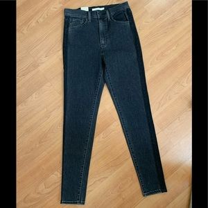NWT!! Mile High Super Skinny Levi's Jeans